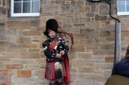 Edinburgh bag piper