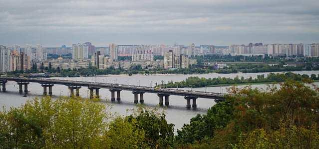 kiev-ukraine-river-bridge-thumb